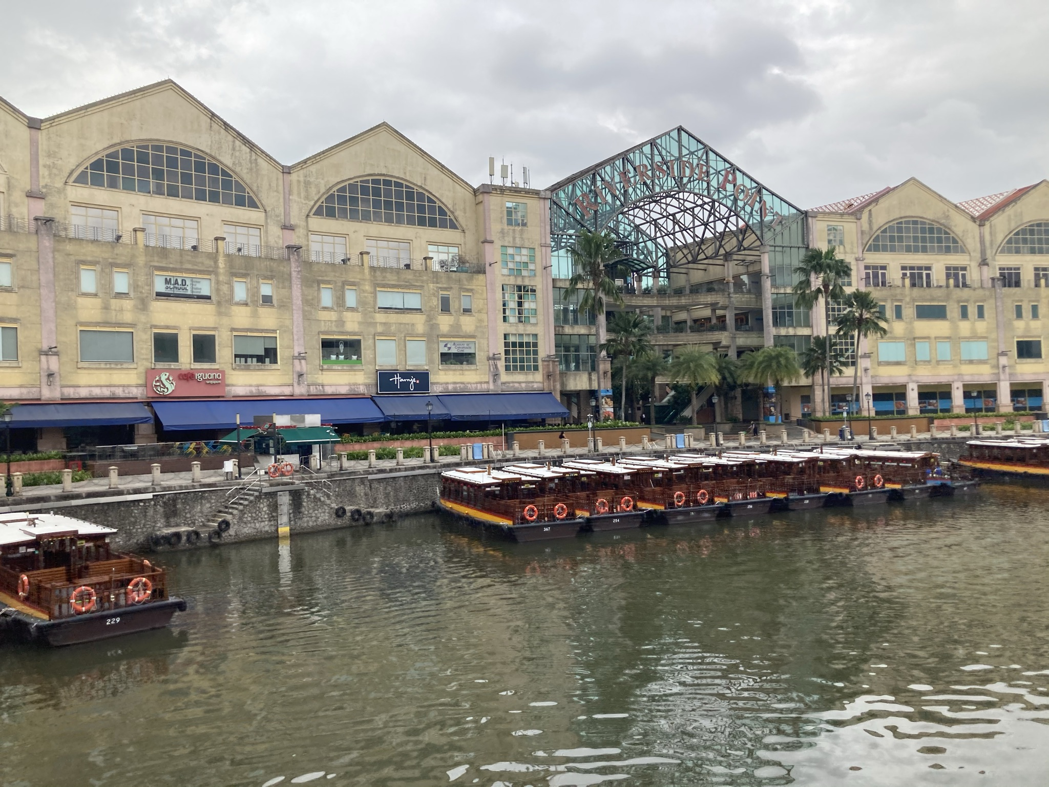Canninghill Piers Development Near to Singapore River Highly Sought After City Centre Condo